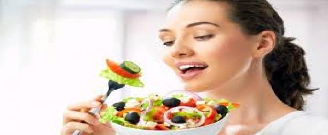 کدام مواد غذایی به رفع اکنه های پوستی کمک میکنند ؟(2)