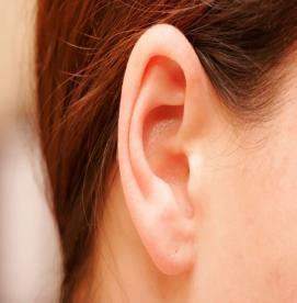 کمک های اولیه - جسم خارجی در گوش