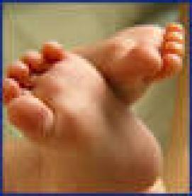 نقص های مادرزادی - نشانه های اولیه فلج مغزی مادرزادی درنوزادان