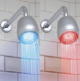 آیا دوش آب گرم موجب ریزش موها می شود؟