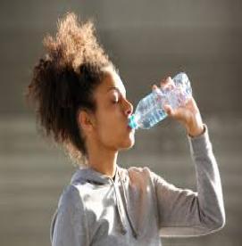 بدن شما در طی ورزش چقدر آب نیاز دارد ؟