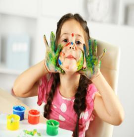 بازی درمانی چه کمکی به فرزندم می کند؟