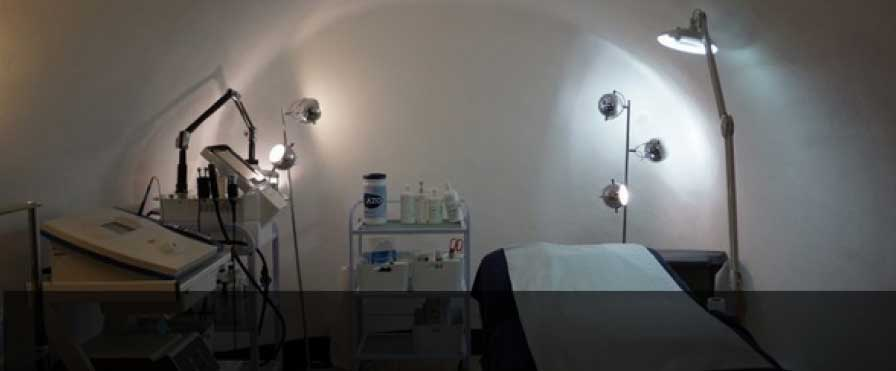 مرکز تخصصی لیزر موهای زائد یزد